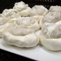 Bite-size meringues